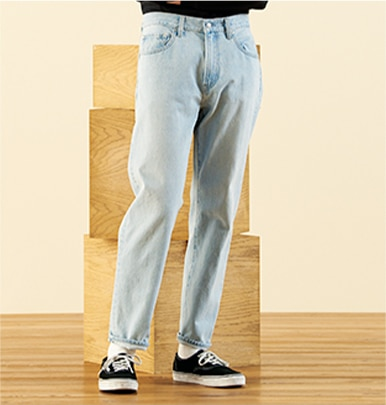 REGULAR FIT TAPERED JEANS