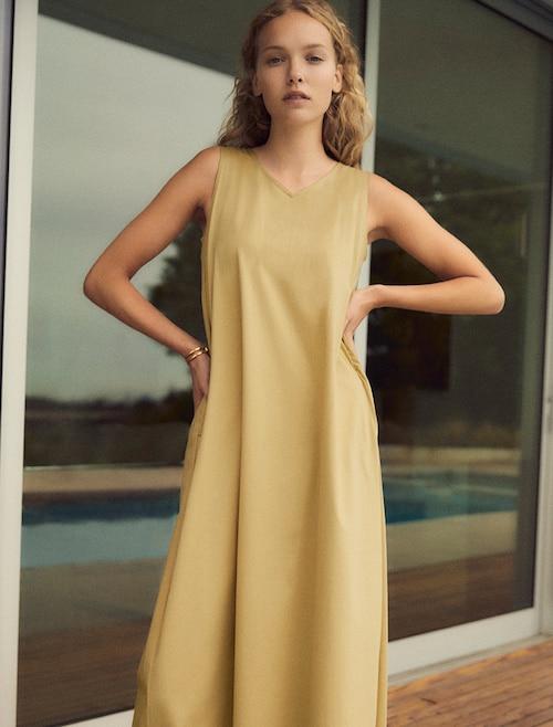 model image of dress 4