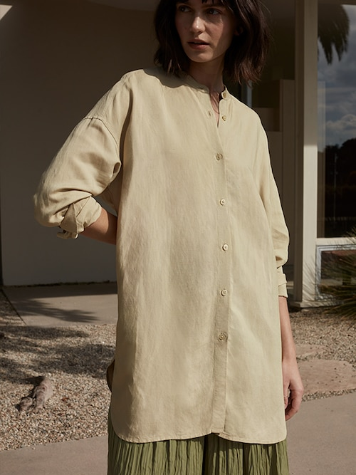 model image of linen fashion 12