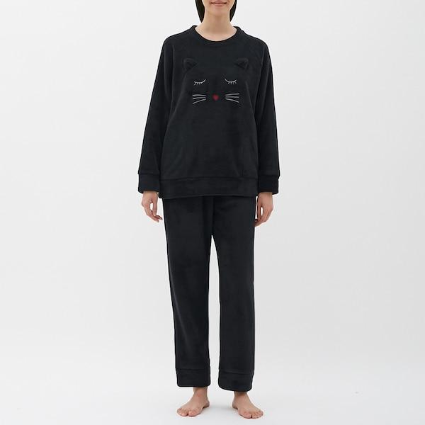 https://image.uniqlo.com/GU/ST3/AsianCommon/imagesgoods/306527/item/goods_09_306527.jpg?height=600&width=600