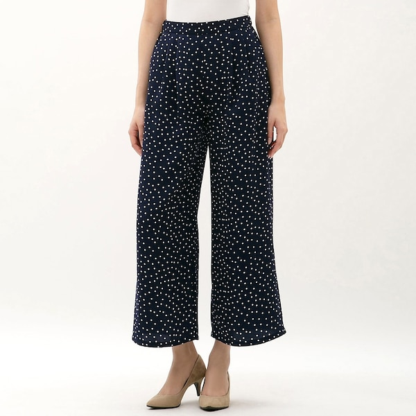 https://image.uniqlo.com/GU/ST3/AsianCommon/imagesgoods/310888/item/goods_69_310888.jpg?height=600&width=600