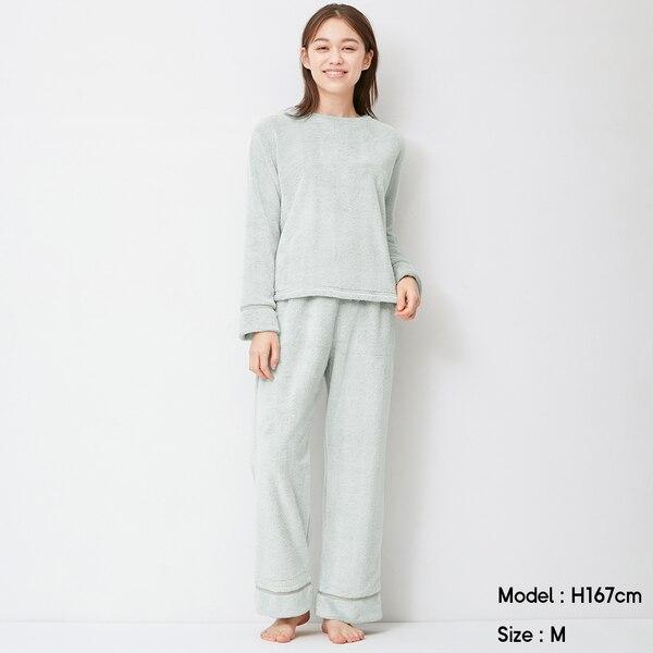 https://image.uniqlo.com/GU/ST3/AsianCommon/imagesgoods/319042/item/goods_50_319042.jpg