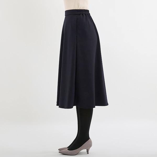 ポンチフレアスカート