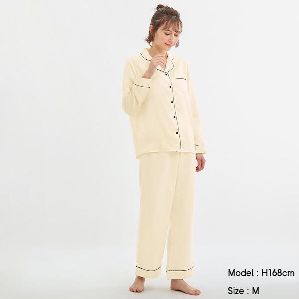 https://image.uniqlo.com/GU/ST3/AsianCommon/imagesgoods/321578/item/goods_30_321578.jpg