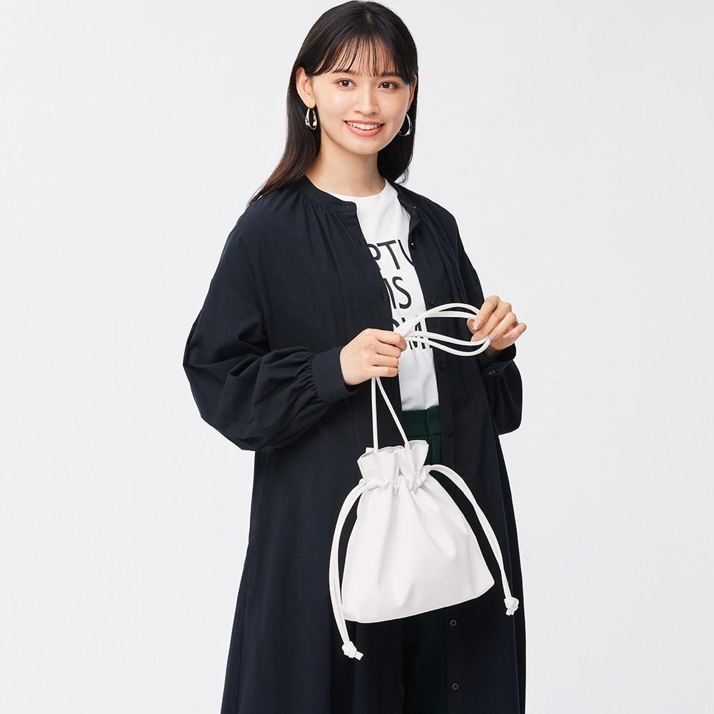 (GU)レザータッチドローストリングバッグ