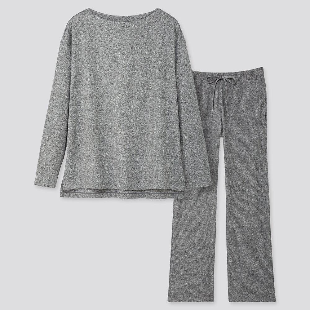 https://www.uniqlo.com/jp/store/goods/420598-32