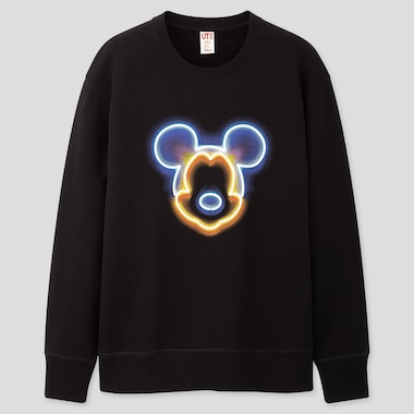 MEN MICKEY ART UT GRAPHIC SWEATSHIRT