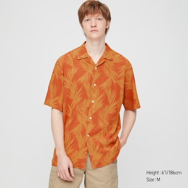 Herren gemustertes kurzärmliges Rayonhemd mit offenem Kragen