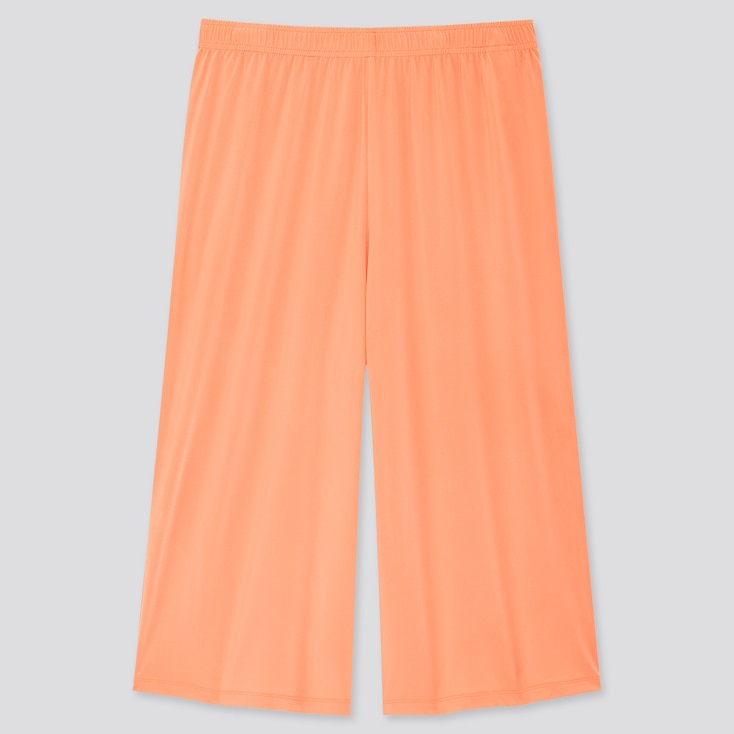 Women Airism Relaco 3/4 Shorts, Orange, Large