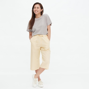 Women Cotton Seersucker Relaco Striped 3/4 Length Shorts