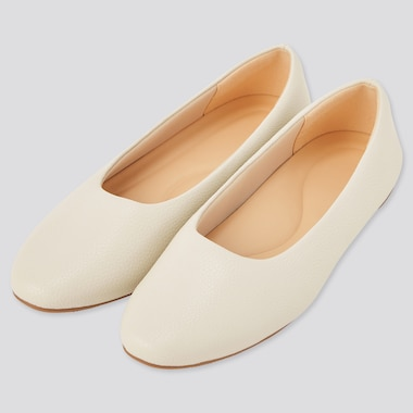Women Comfort Feel Touch Round-Toe Flats (Online Exclusive), Off White, Medium