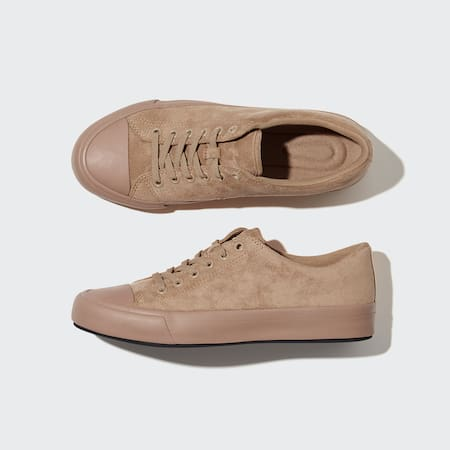 Sneaker in Wildlederoptik
