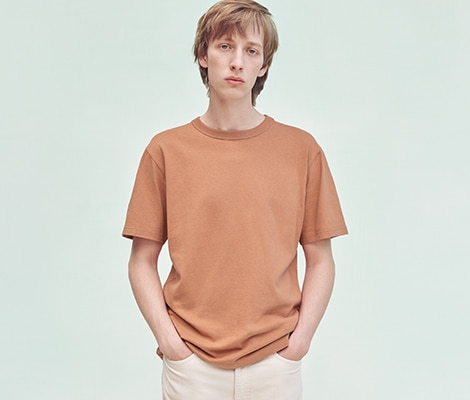 UNIQLO U CREW NECK SHORT SLEEVED T-SHIRT