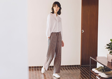 DRAPE JERSEY STRAIGHT LEG DOTTED TROUSERS