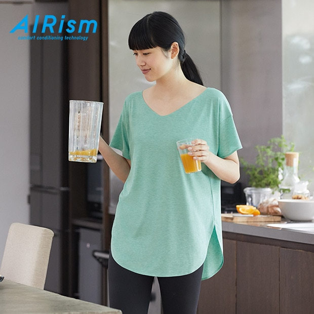 AIRISM SEAMLESS V NECK LONGLINE SHORT SLEEVED T-SHIRT