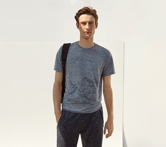 fd349930 Men's T-Shirts, Polo Shirts, Active Shirts & More | UNIQLO US