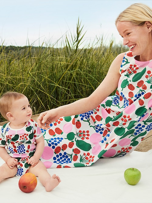 model image of marimekko women shop the look 3