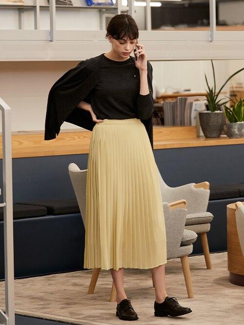 model image of wear to work formal 5