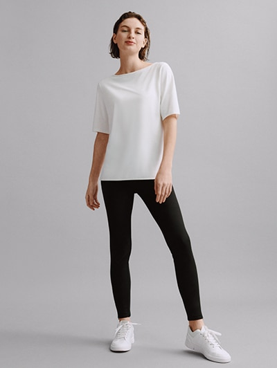 model image of w theory 21ss 4