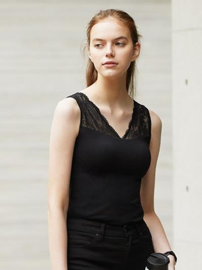 model image of bra tops 21ss 3