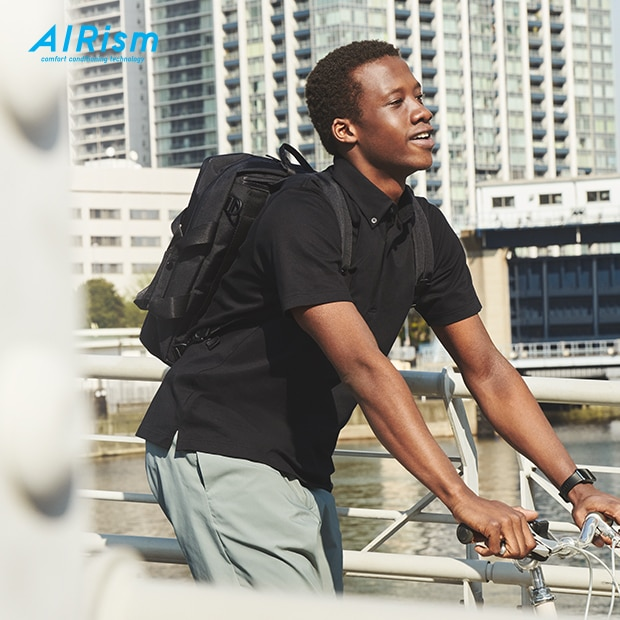 Classic polos in AIRism material feel fresh and cool to the touch.