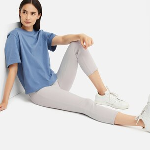 WOMEN ULTRA STRETCH CROPPED LEGGINGS PANTS/us/en/women-ultra-stretch-cropped-leggings-pants-413120.html