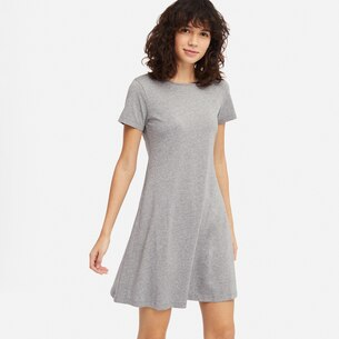 WOMEN A-LINE SHORT-SLEEVE MINI BRA DRESS/us/en/women-a-line-short-sleeve-mini-bra-dress-413914.html