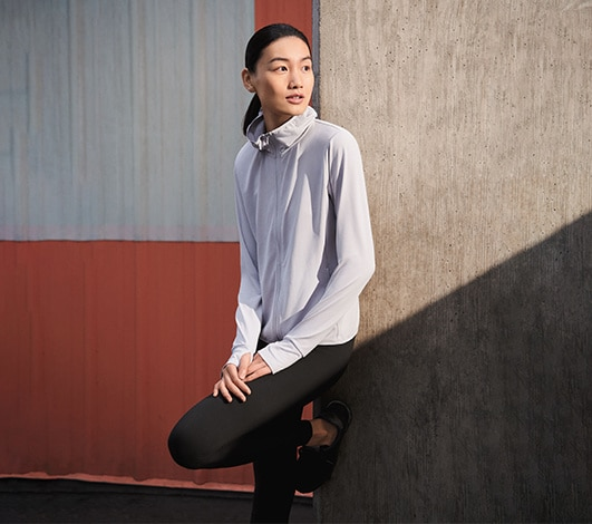 Women's sweatshirts and sweatpants hero image